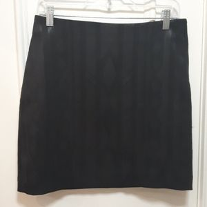 Black pencil skirt with sequence pattern